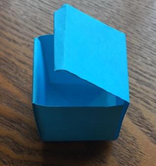 ふたつきの箱